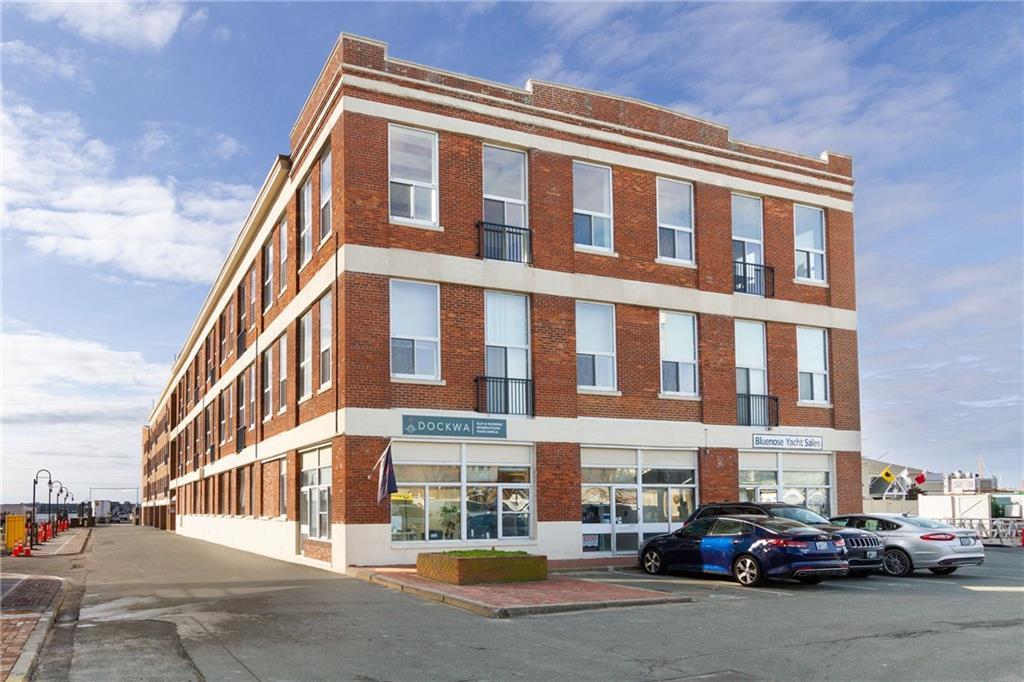 1 Commercial 63B, Newport, RI 02840