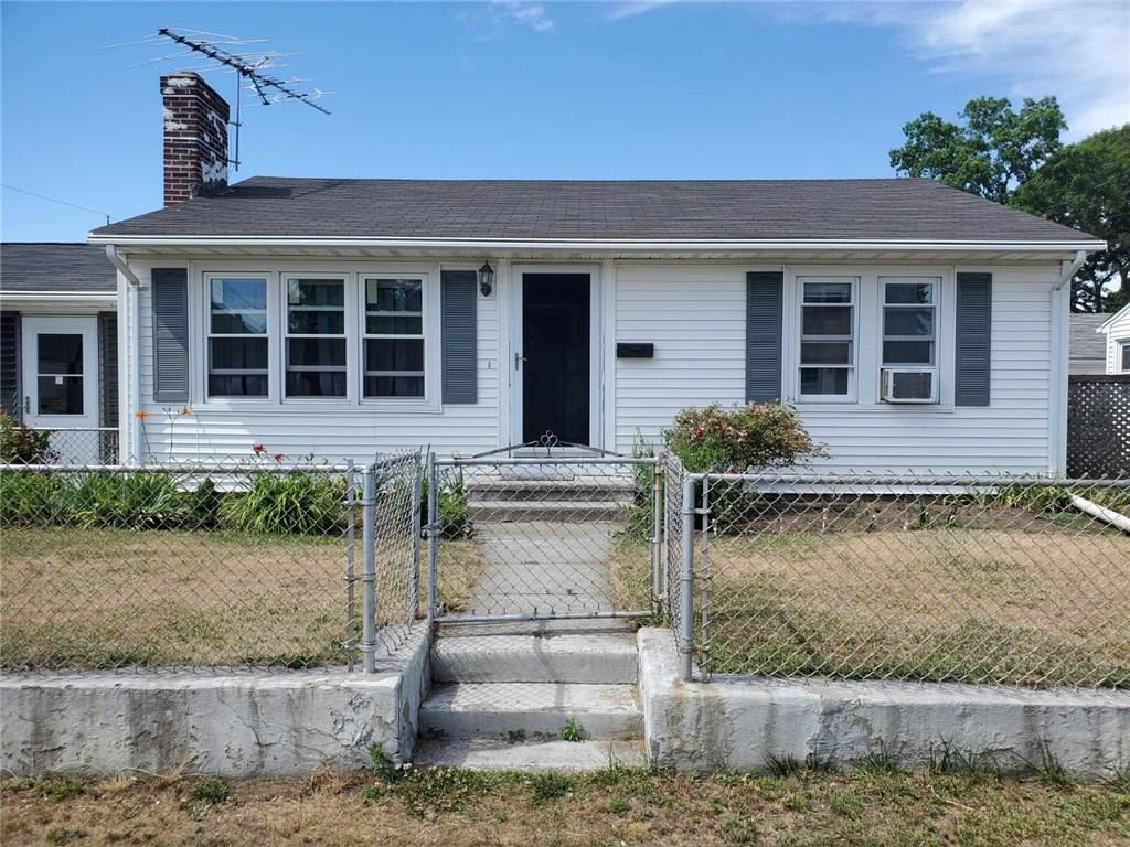 Beautifully renovated, ranch style home in the desirable Darlington neighborhood! This ranch features an updated kitchen, beautiful brick fireplace, 1 spacious full bathroom, and fenced in yard. The home also features a laundry area in the finished basement. Schedule your tour today!