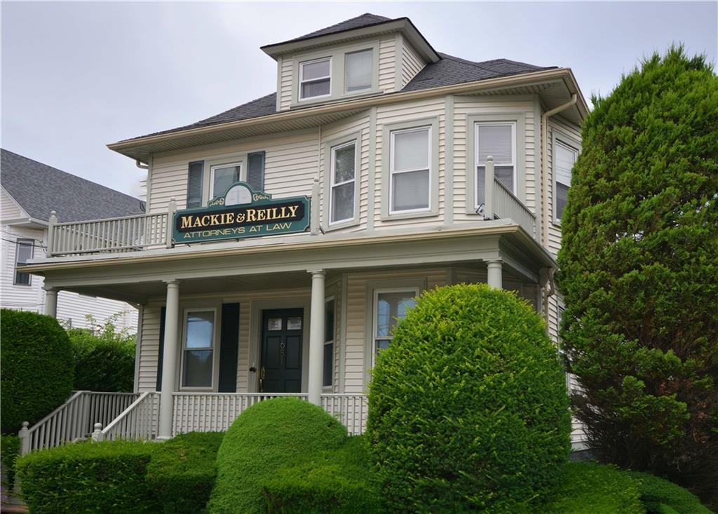681 Smith Street, Providence, RI 02908