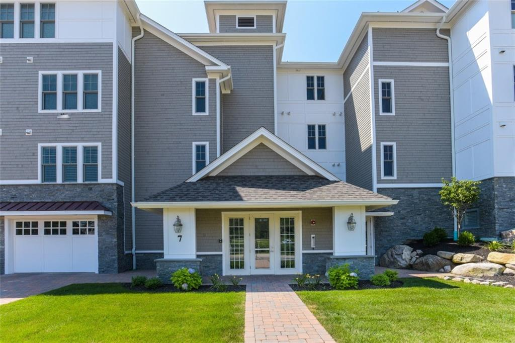 7 Compass Way 102, Westerly, RI 02891