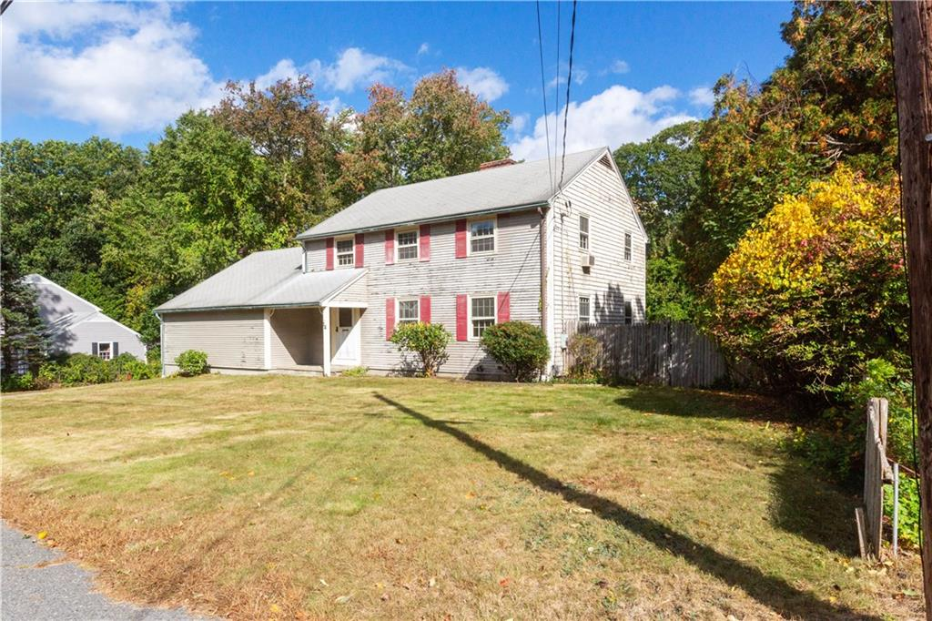 14 Roselawn Avenue, North Smithfield, RI 02824