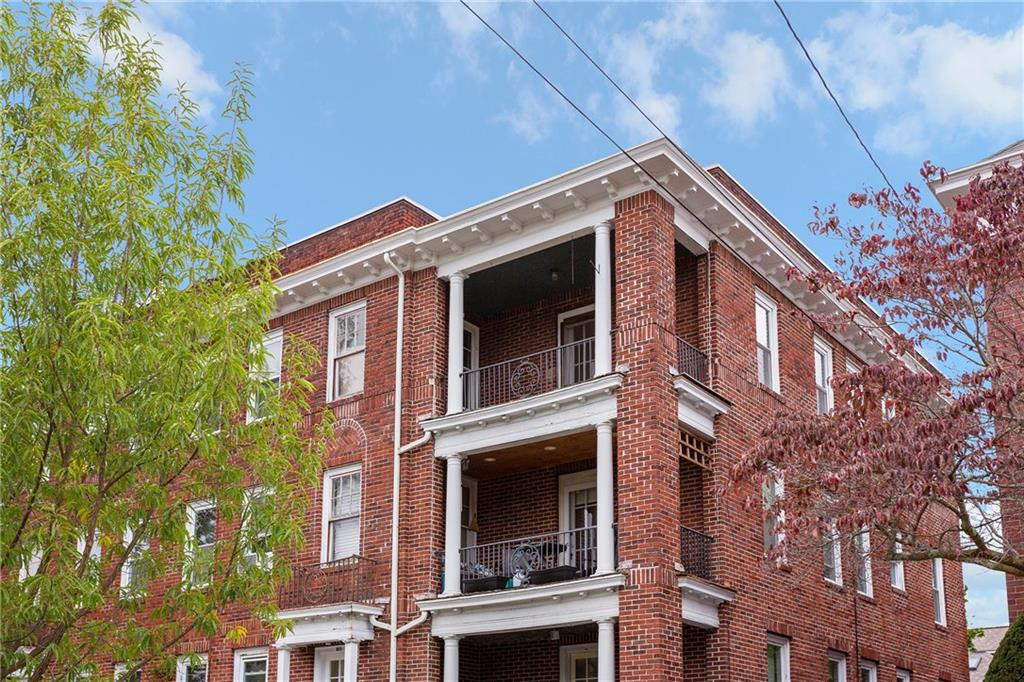 154 Irving Avenue 3C, East Side of Providence, RI 02906