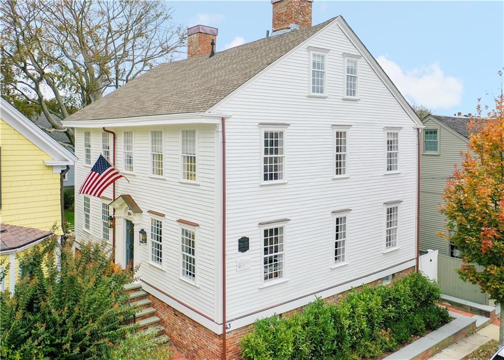 43 Elm Street, Newport, RI 02840