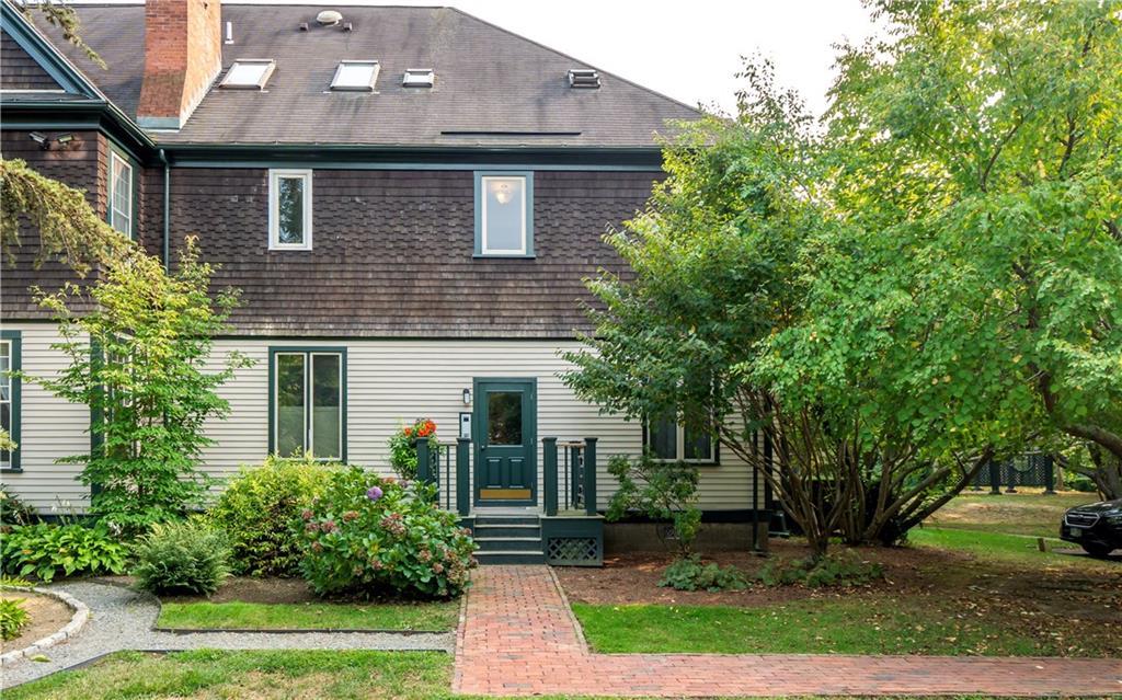 158 Narragansett Avenue V, Newport, RI 02840