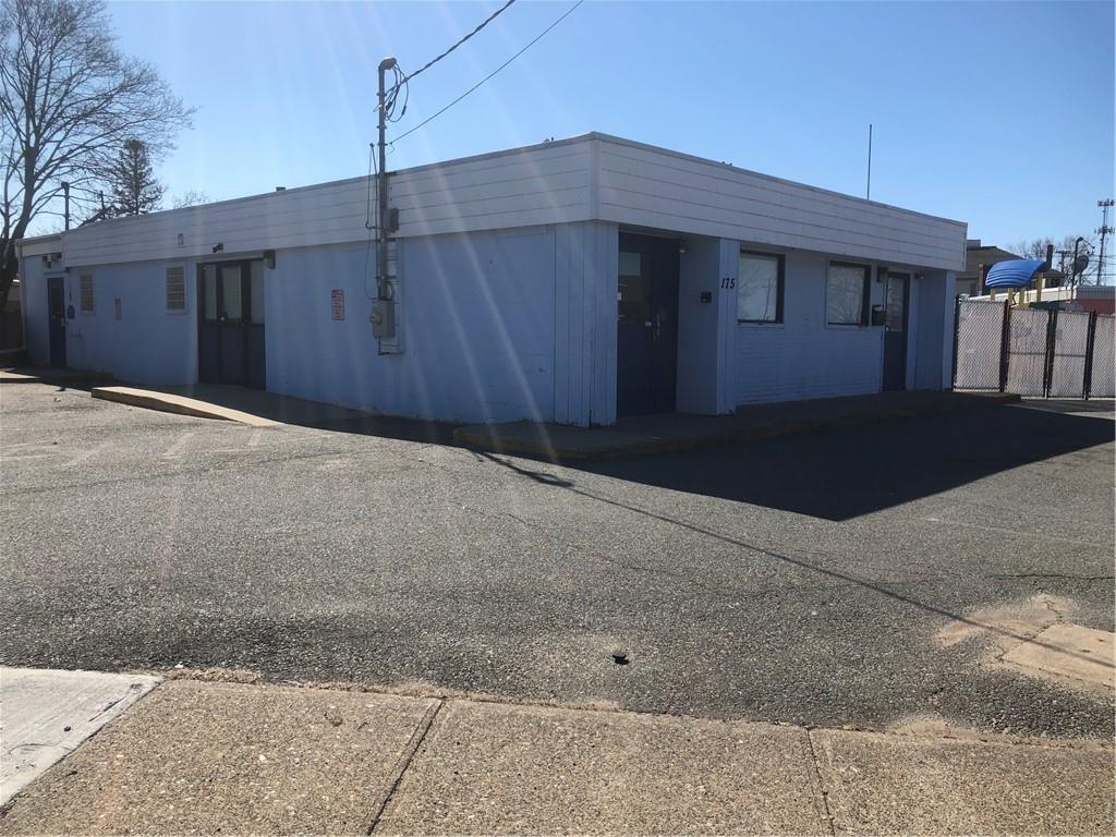 175 BEVERAGE HILL Avenue, Pawtucket, RI 02860