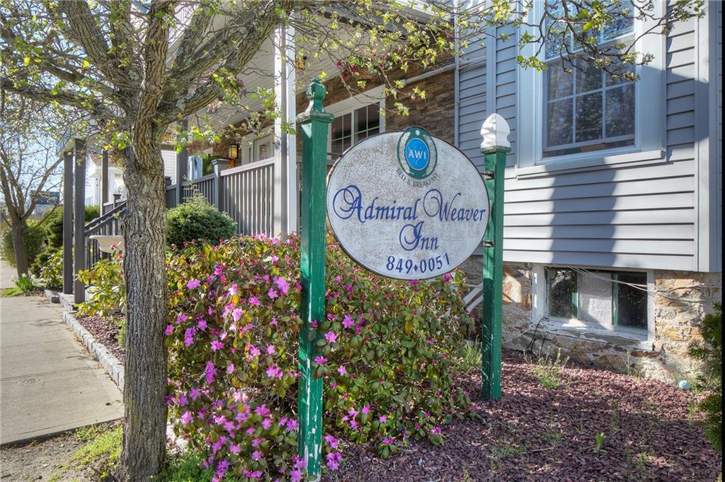 28 Weaver Avenue, Newport, RI 02840