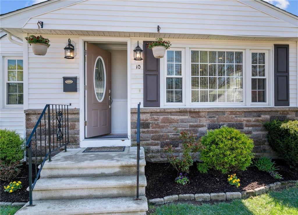 10 Ambrose Street, North Providence, RI 02904