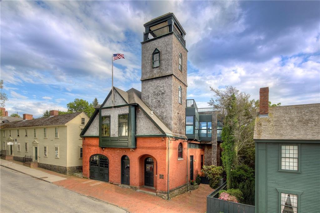 25 Mill Street, Newport, RI 02840