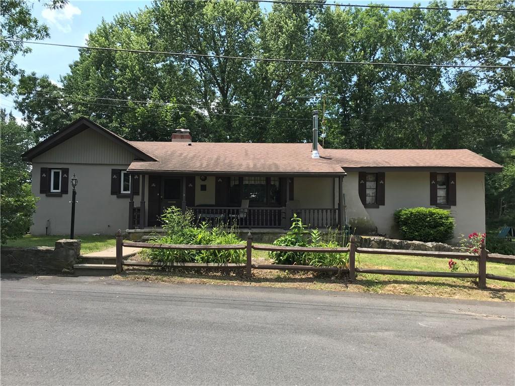 14 Rainville Avenue, North Smithfield, RI 02896