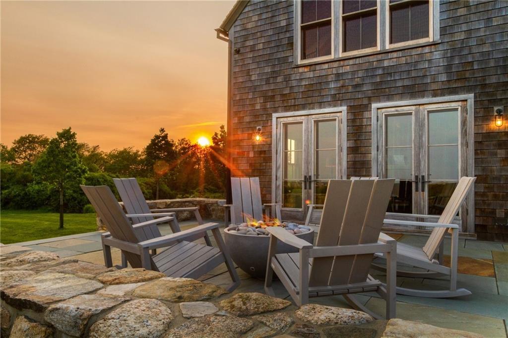 Main House Kitchen - with Oak by Burchette & Burchette in North Carolina