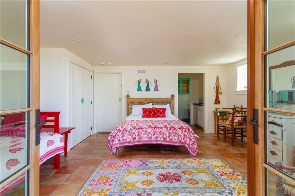 Movie Theatre - Large Pull Down Projection Screen and High Definition Projector- 4 XL Twin Bunk Beds and 2 Trundle Beds