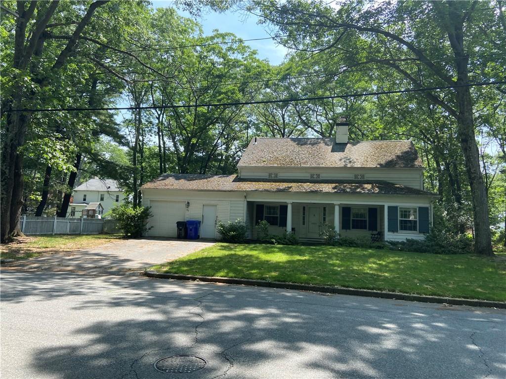 80 Alexander McGregor Road, Pawtucket, RI 02861