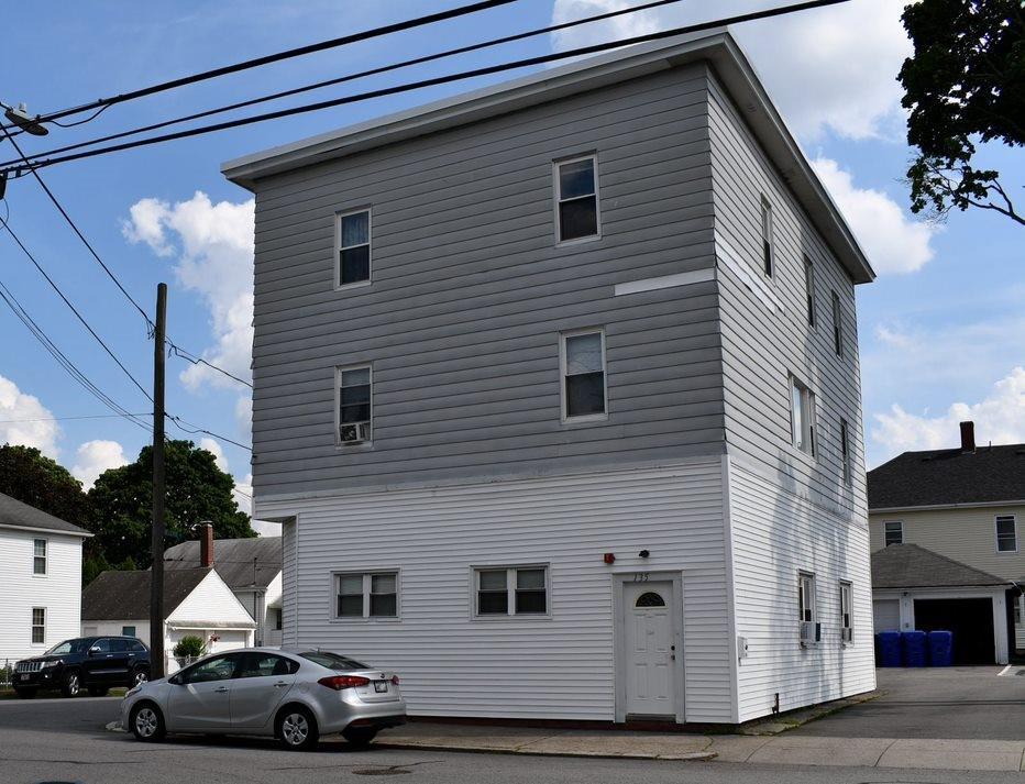 130 Bellevue Avenue, Pawtucket, RI 02861