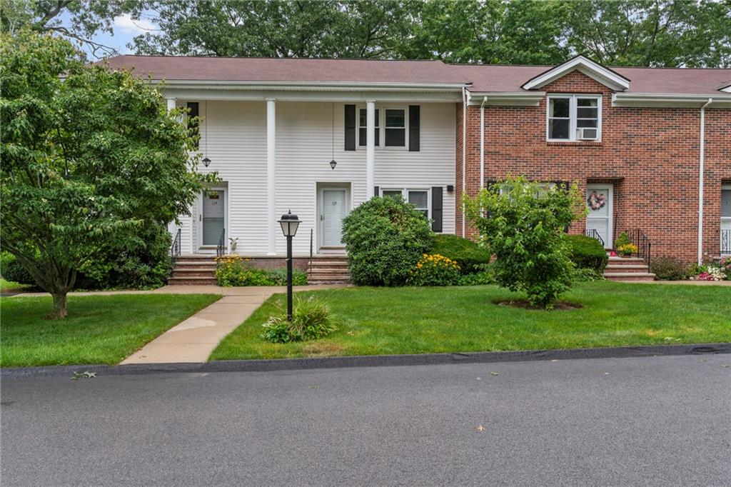 113 Forestwood Drive, North Providence, RI 02904