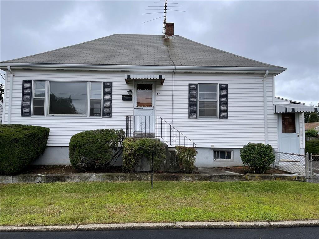 47 Pine Grove Street, Pawtucket, RI 02861