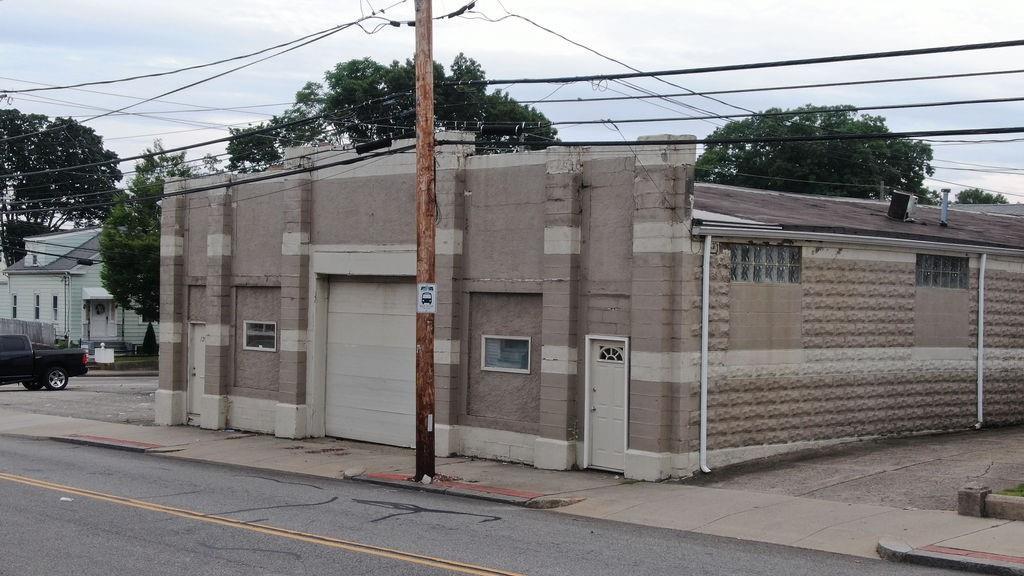 129 Summit Street, Pawtucket, RI 02860