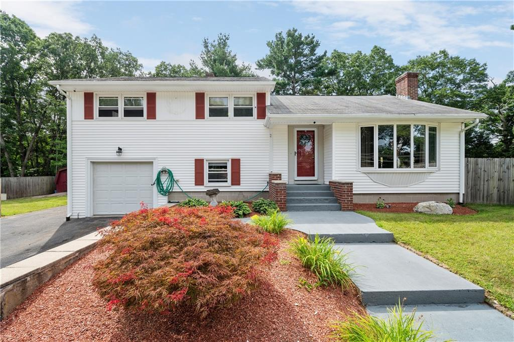 2 Old Great Road, Lincoln, RI 02865