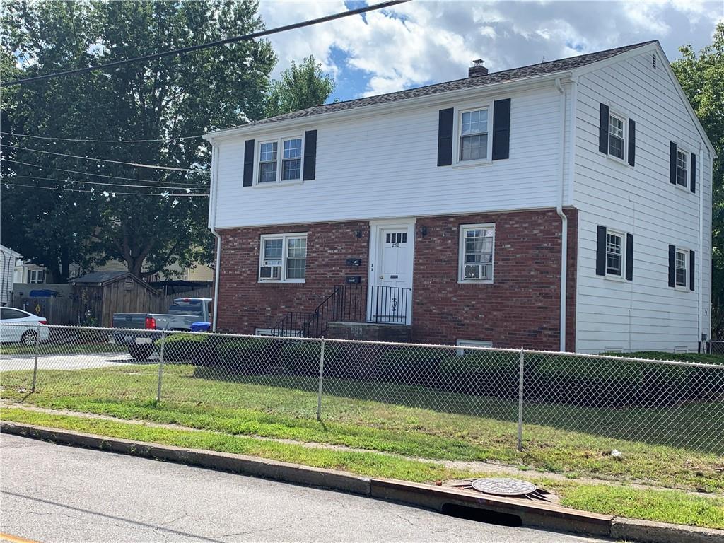 280 Mendon Avenue, Pawtucket, RI 02861