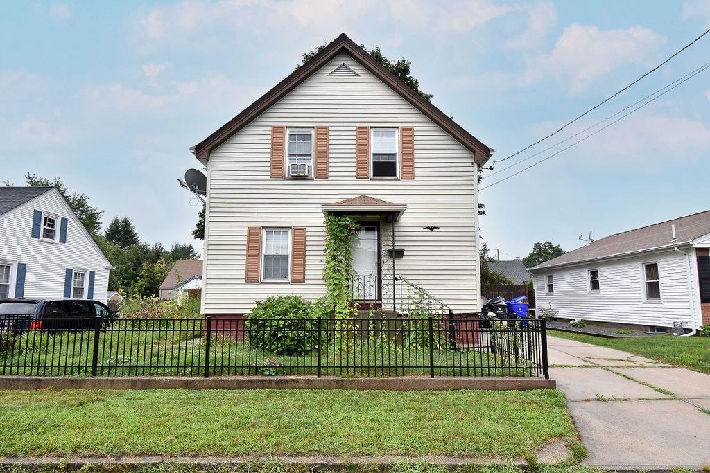 50 Madison Street, Pawtucket, RI 02861