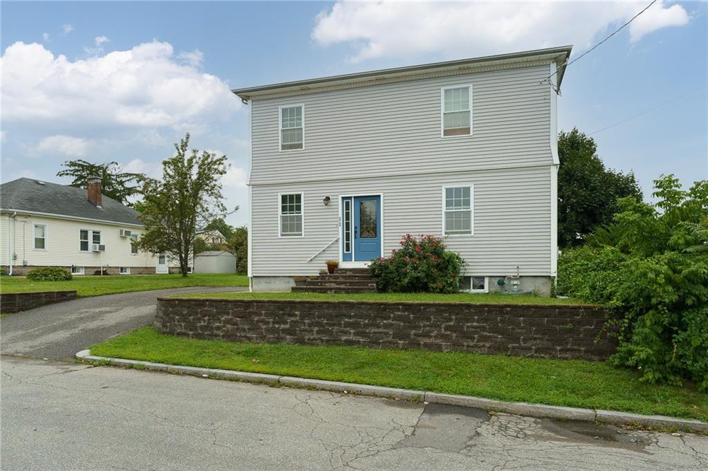 11 Edgeworth Avenue, Pawtucket, RI 02904