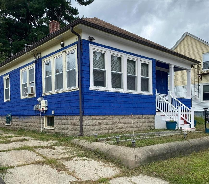 92 Hazel Street, Pawtucket, RI 02860