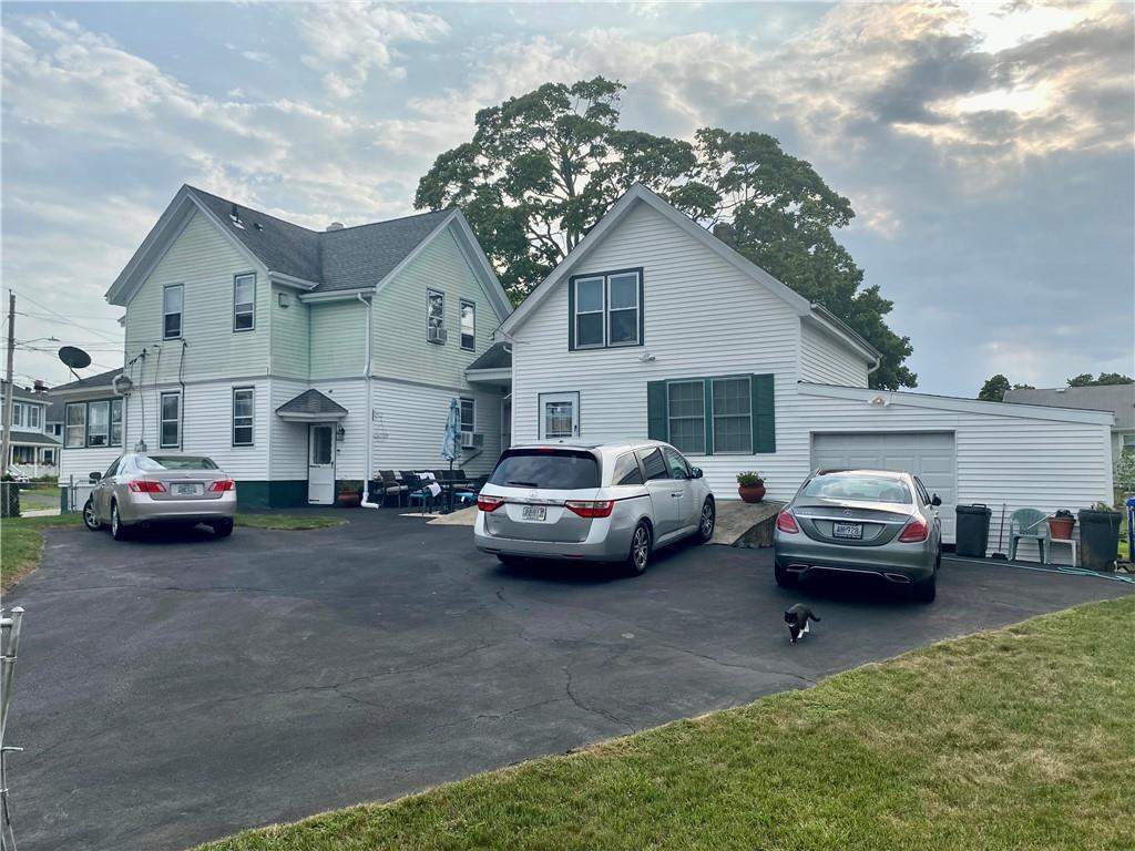 420 Kenyon Avenue, Pawtucket, RI 02861