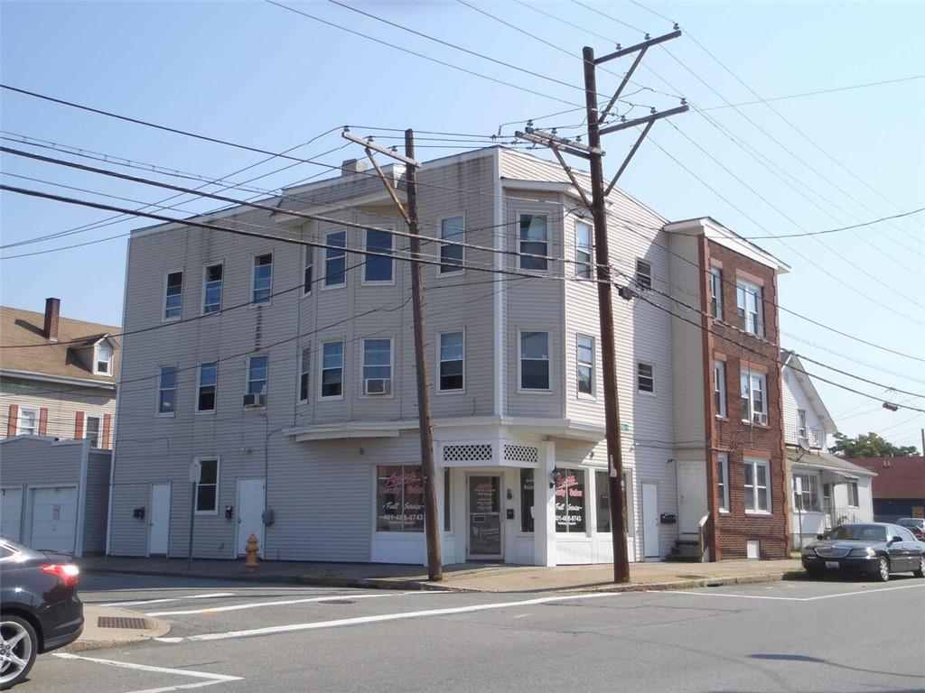 442 Central Avenue, Pawtucket, RI 02861