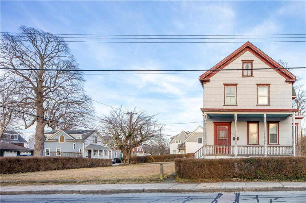 99 Second Street, Newport, RI 02840