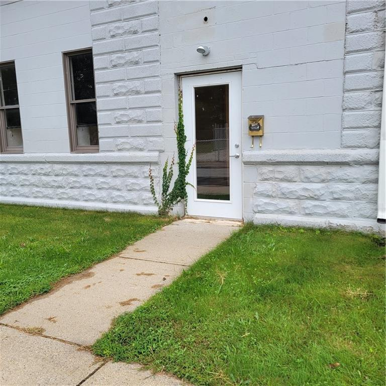 43 Lee Street, Pawtucket, RI 02861