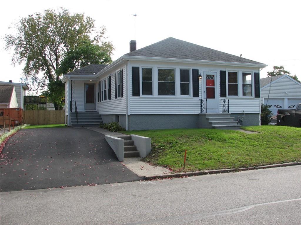495 KENYON Avenue, Pawtucket, RI 02861
