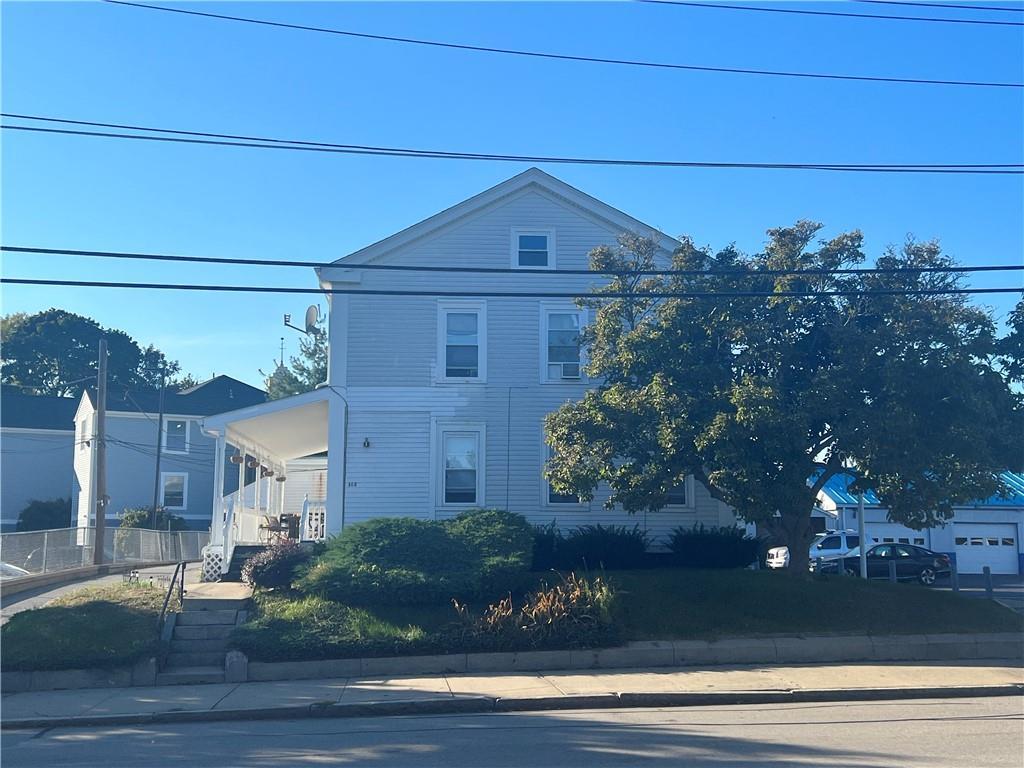 162 Broadway, Pawtucket, RI 02860