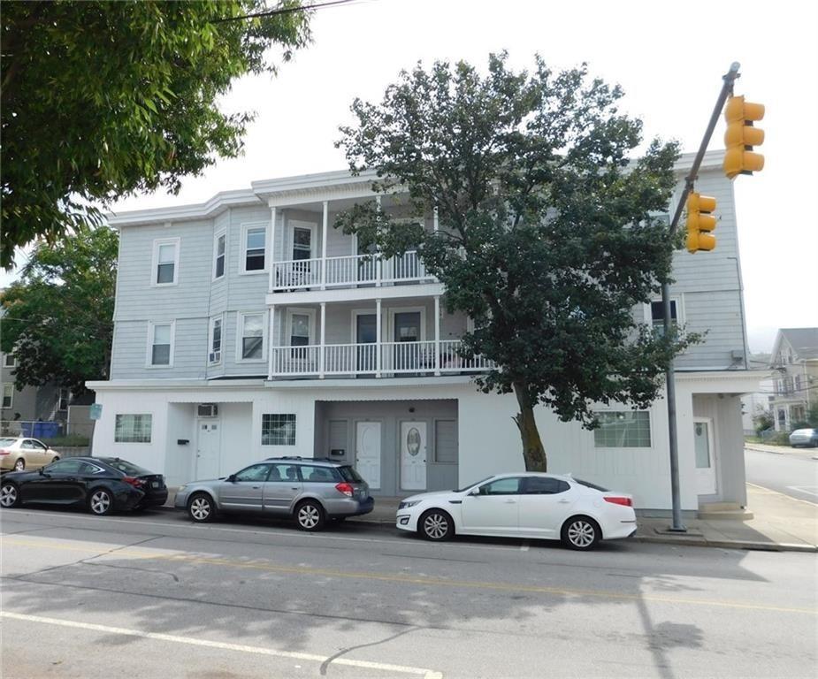 392 West Avenue 388 2 R, Pawtucket, RI 02860