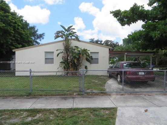 3211 SW 46th Ave  For Sale A11111696, FL