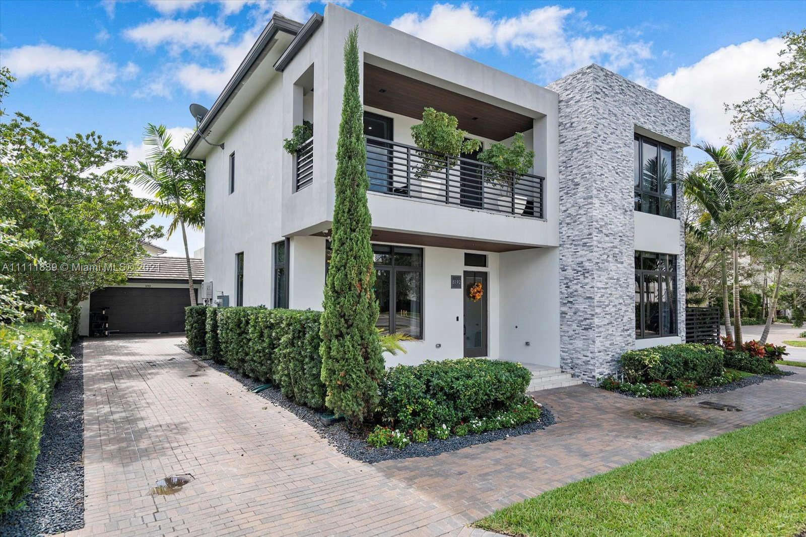 8192 NW 48th Ter  For Sale A11111839, FL