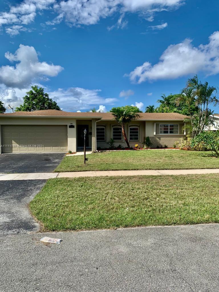 5501  Roosevelt St  For Sale A11111788, FL