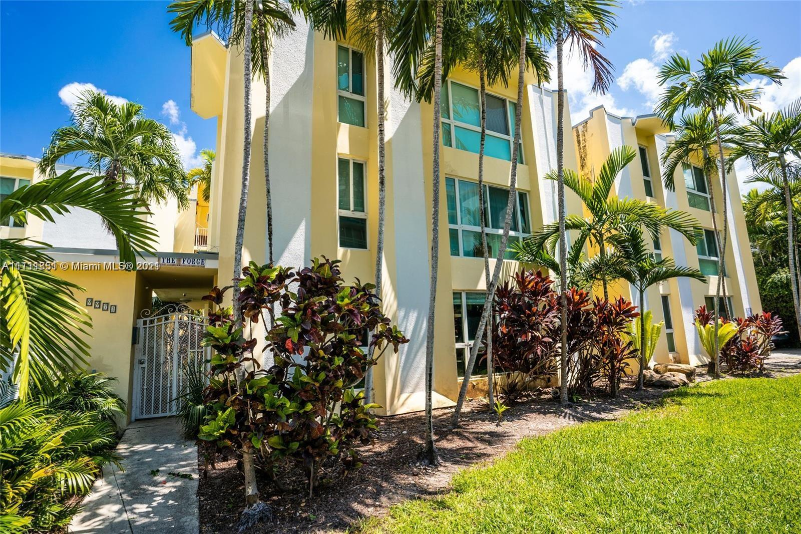9971 W Bay Harbor Dr #105 For Sale A11111851, FL