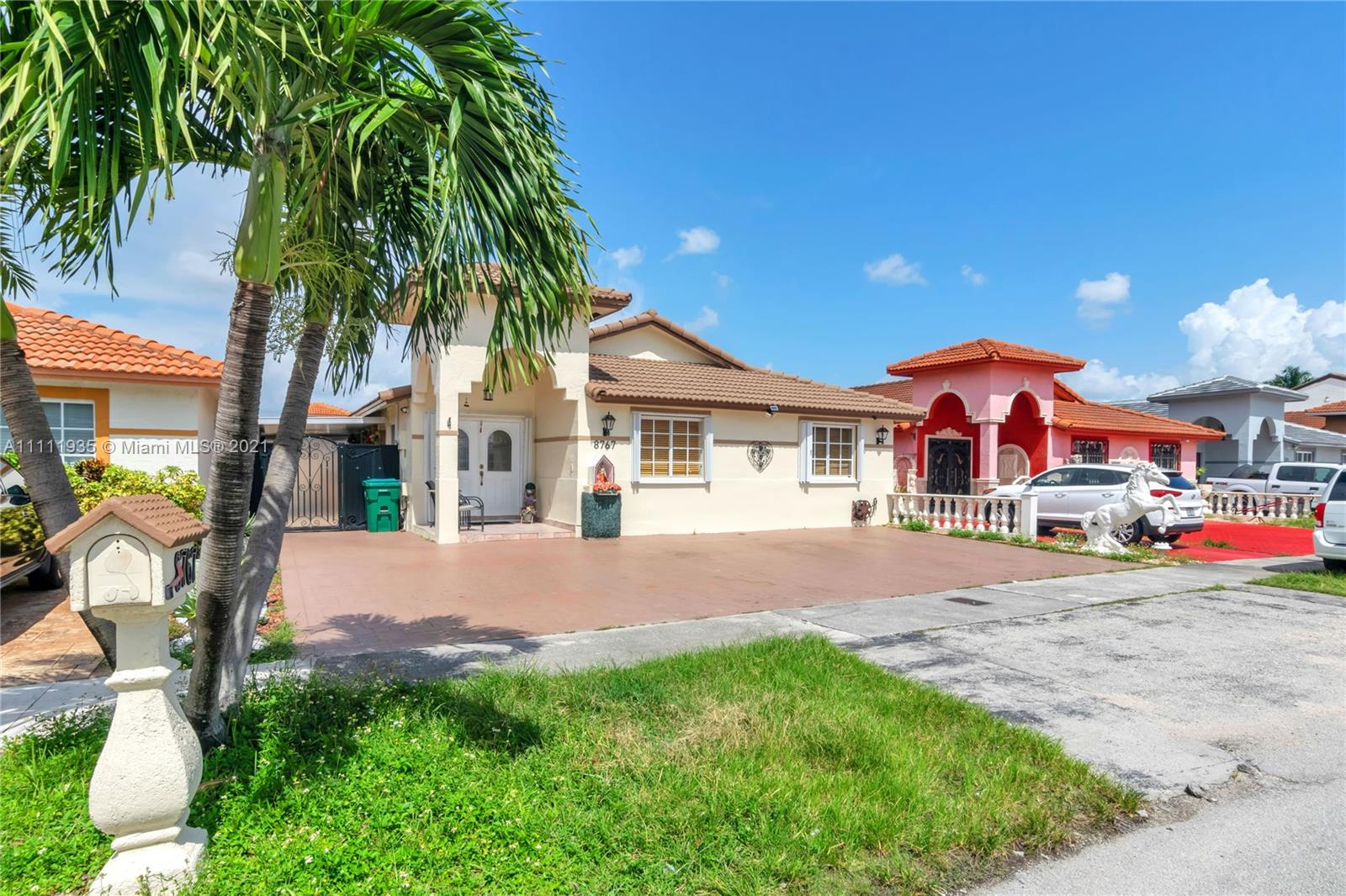 8767 NW 109th Ter  For Sale A11111935, FL