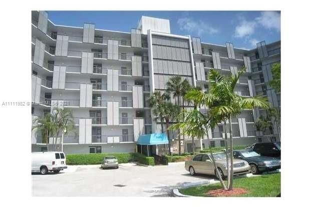 3475 N Country Club Dr #201 For Sale A11111982, FL