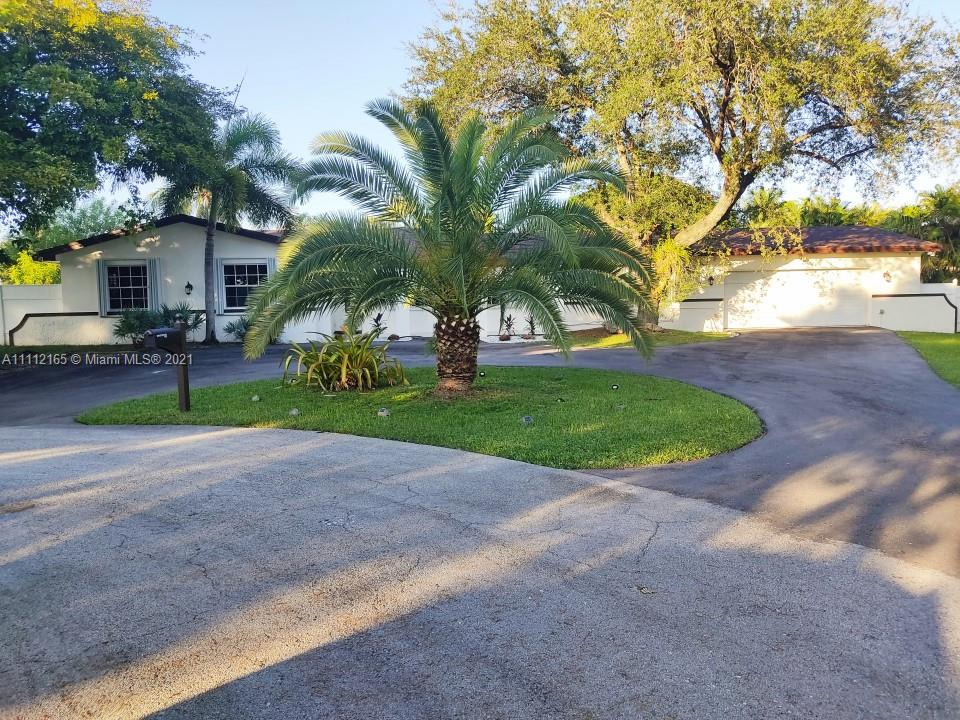 17305 SW 89th Ave  For Sale A11112165, FL
