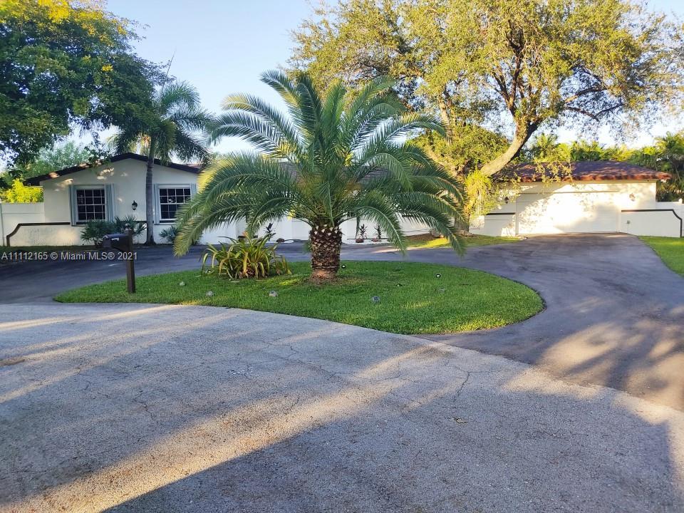 17305 SW 89th Ave, Palmetto Bay, FL 33157