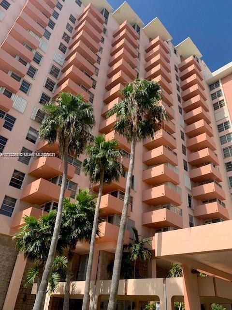 2899  Collins Ave #708 For Sale A11112364, FL