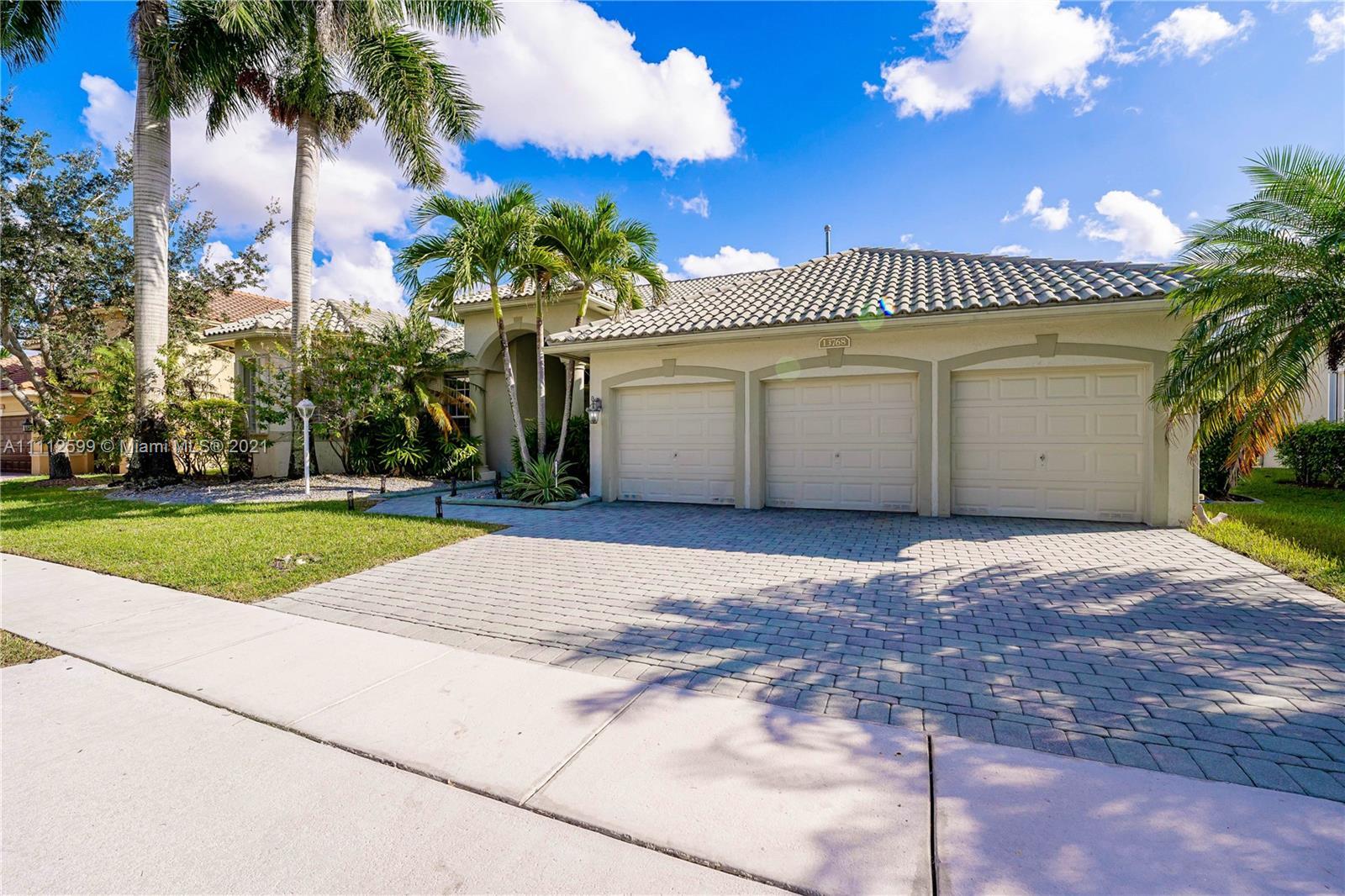 13768 18th Ct, Pembroke Pines, Florida 33028