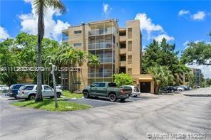 4121 Stirling Rd Unit 102, Dania Beach, Florida 33314