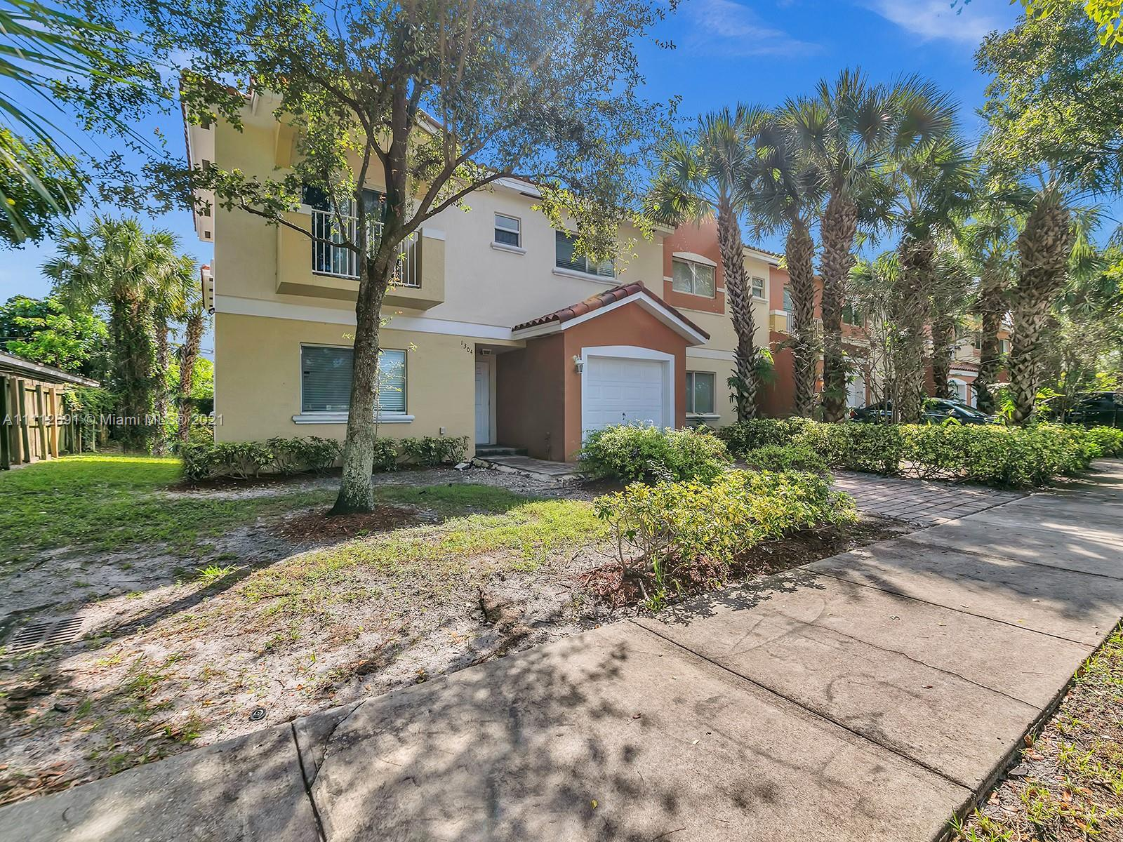 1304 NW 3rd St  For Sale A11112691, FL