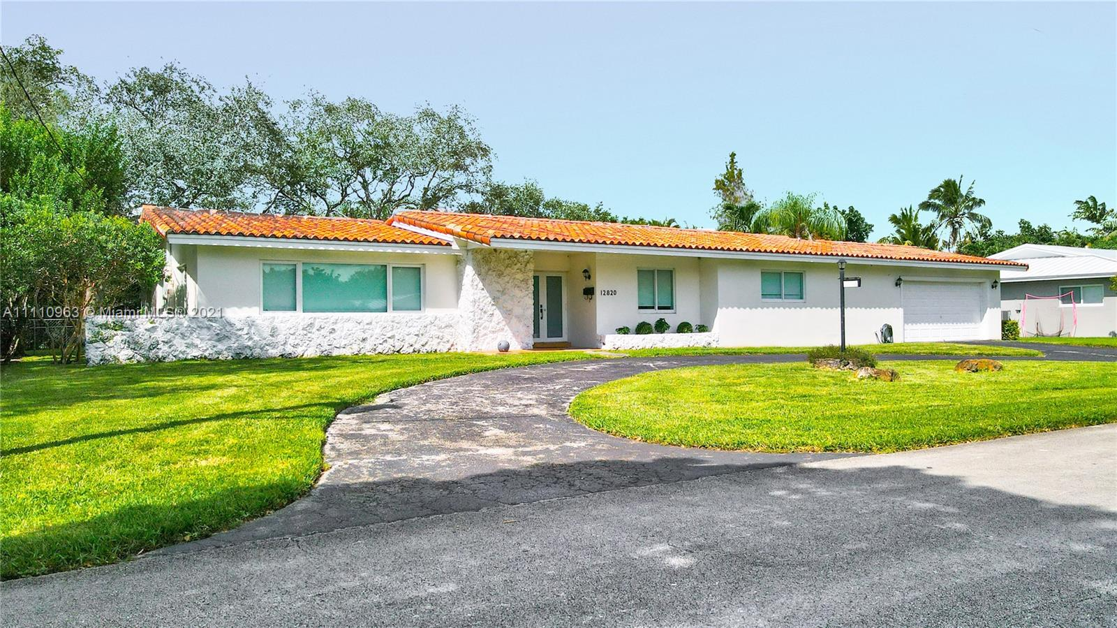 12820 SW 70th Ave  For Sale A11110963, FL