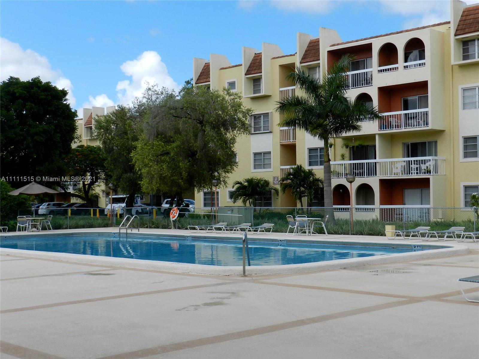 7701 Camino Real Unit 418, Miami, Florida 33143