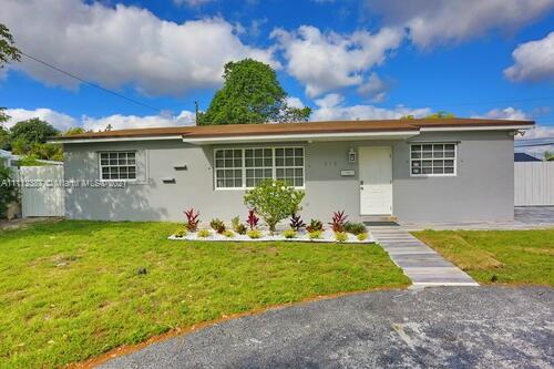 310 N 68th Ter  For Sale A11112387, FL