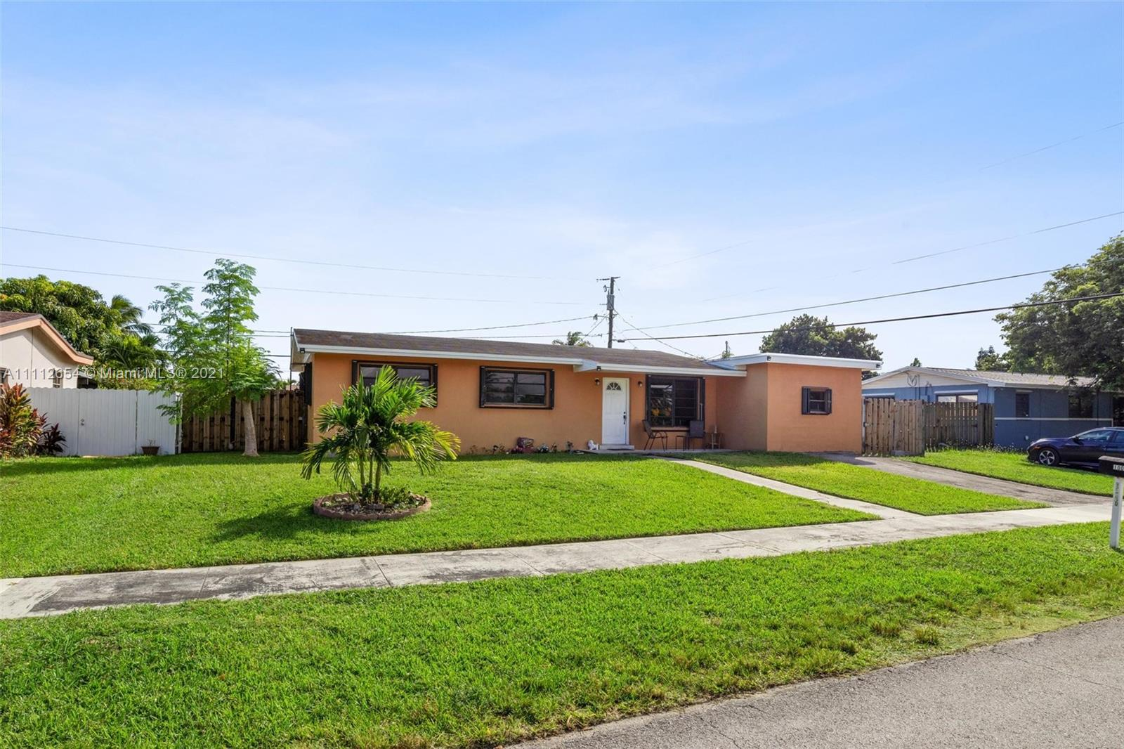 10050 SW 214th St  For Sale A11112654, FL