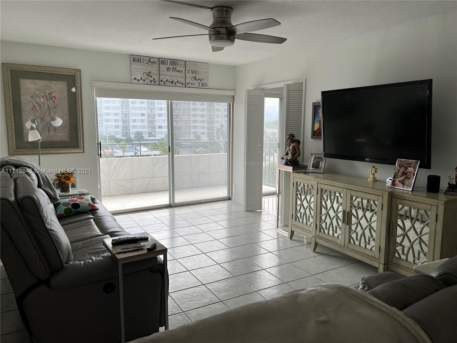 220  Kings Point Dr #512 For Sale A11112945, FL