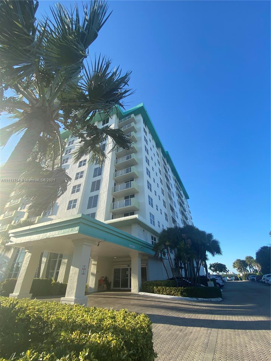 10350 W Bay Harbor Dr #7H For Sale A11113754, FL